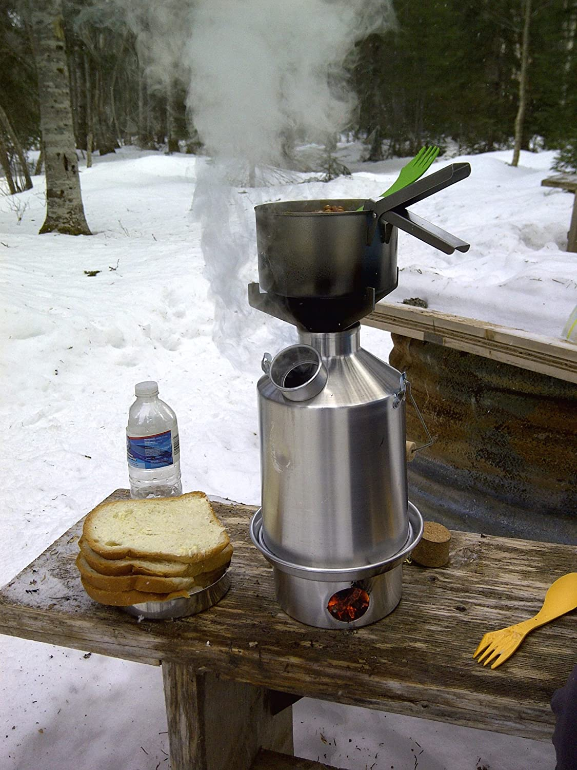 'Scout' Kelly Kettle® - BASIC KIT (1.2 ltr Aluminium Kettle + Steel Cook Set + Steel pot support + Green Whistle which replaces the Orange Stopper) WITH UPGRADED STAINLESS STEEL FIRE-BASE AS STANDARD. Camping Kettle and Camp Stove in one. Ultra fast light