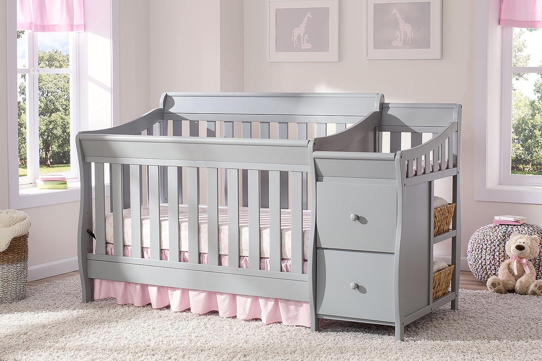 Delta Children Bentley S Convertible Crib N Changer, Grey