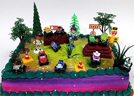 Amazon.com: BLAZE and the Monster Machines 22 Piece CAKE Topper