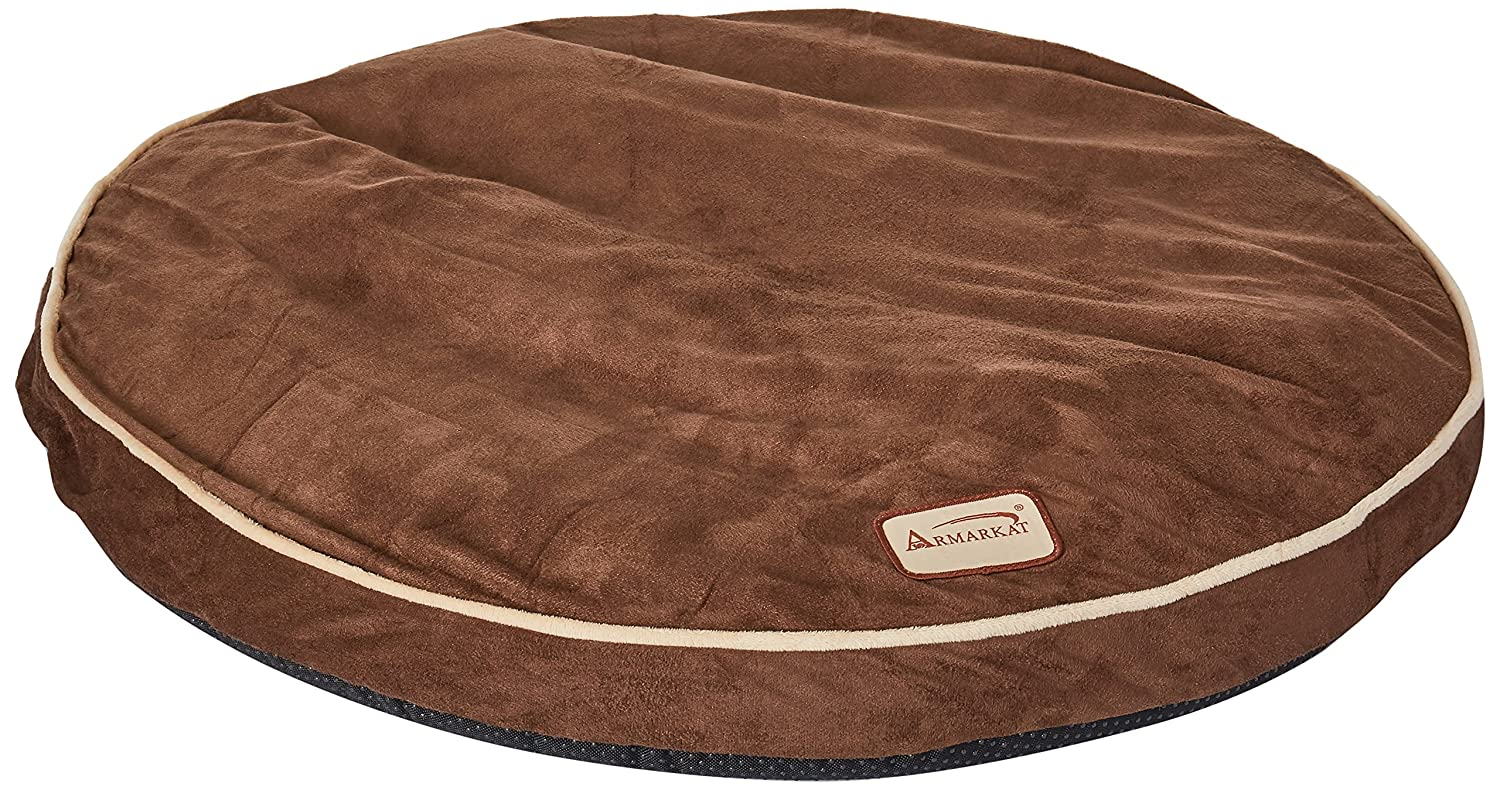 Browns 25  L X 25  W X 3.5  HArmarkat Large Dog Mat M02HJH MBLarge Burgundy and Ivory