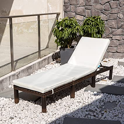 COMHO Wicker Patio Lounge Chairs Outdoor Chaise Adjustable Cushioned  Furniture Patio Porch Beach Yard Poolside (