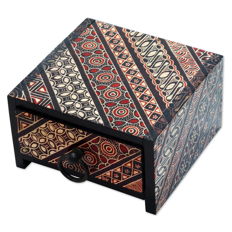 NOVICA JB0115 Ceplok Wonosari I' Wood Batik Jewelry Box