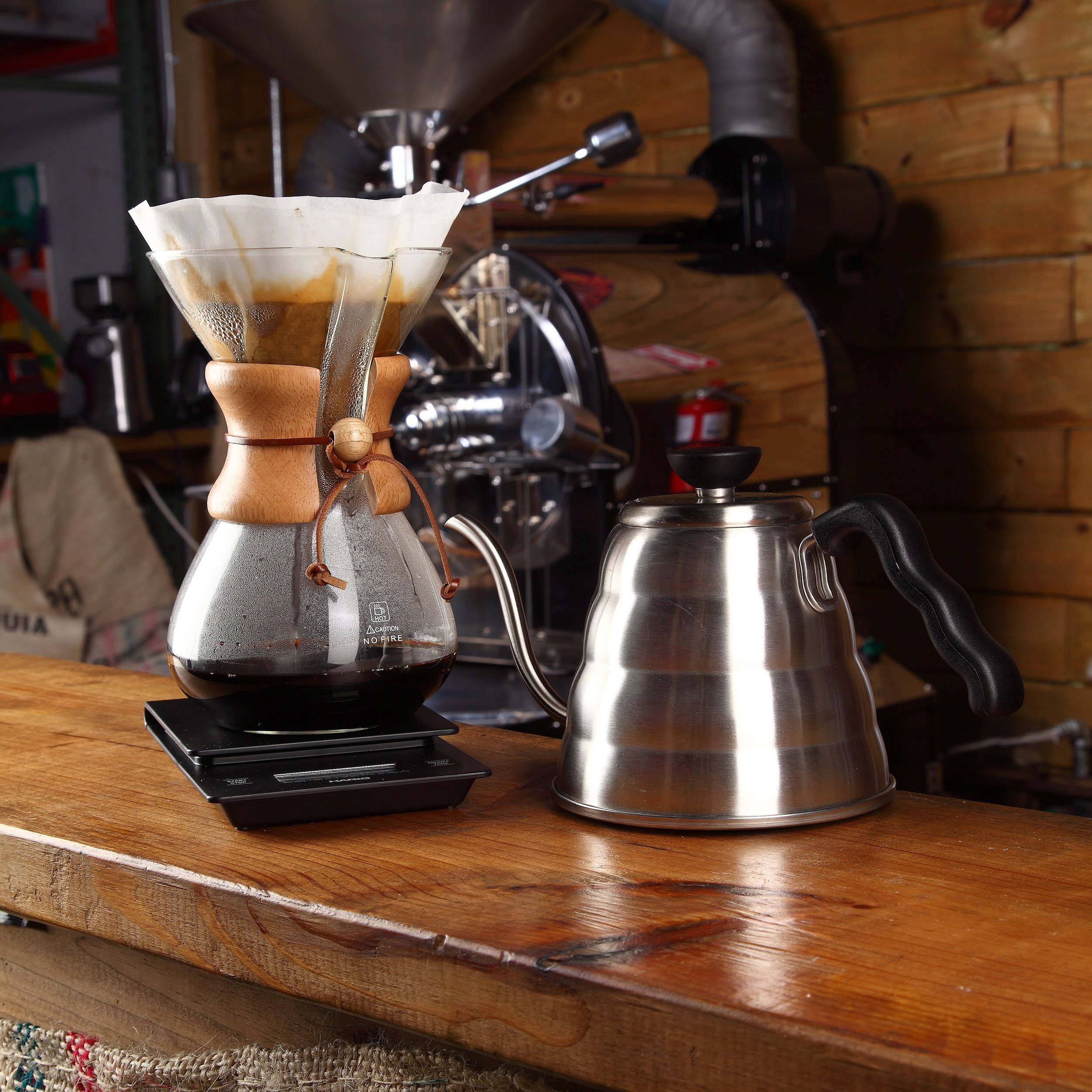 Pour Over Coffee Maker   Classic Hand Drip Brewer for Paper Filter   Hand Crafted Strong Borosilicate Glass with Lid, Easy Clean and Better Coffee by LePrem (Image #5)
