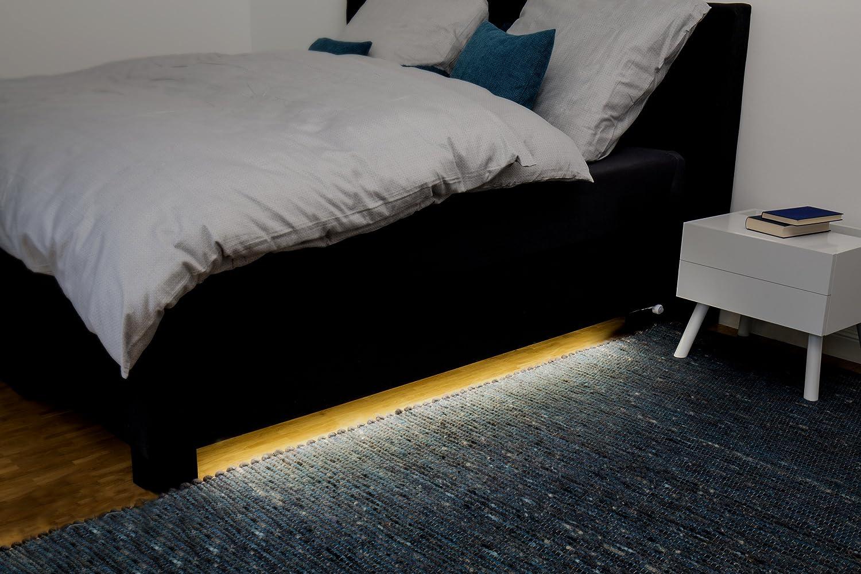0.2 x 0.7 x 150 cm M/ÜLLER-LICHT 400225 Plastik LED Strip mit Automatischem Ein//aus Bewegungssensor und integriertem D/ämmerungssensor wei/ß 7.5 W