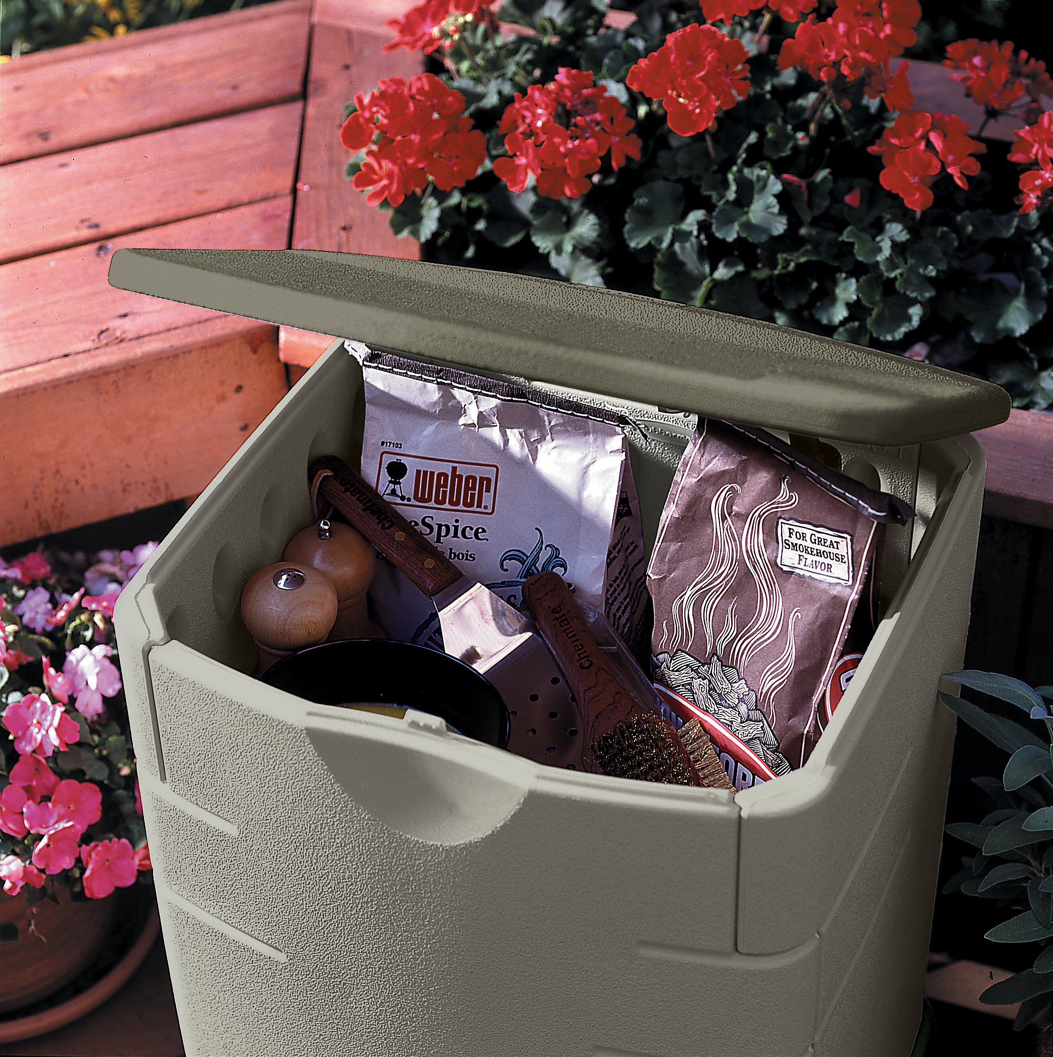 Rubbermaid Small Deck Box, 18 in x 17 in x 23 in, Sandstone (FG374301SSTON)