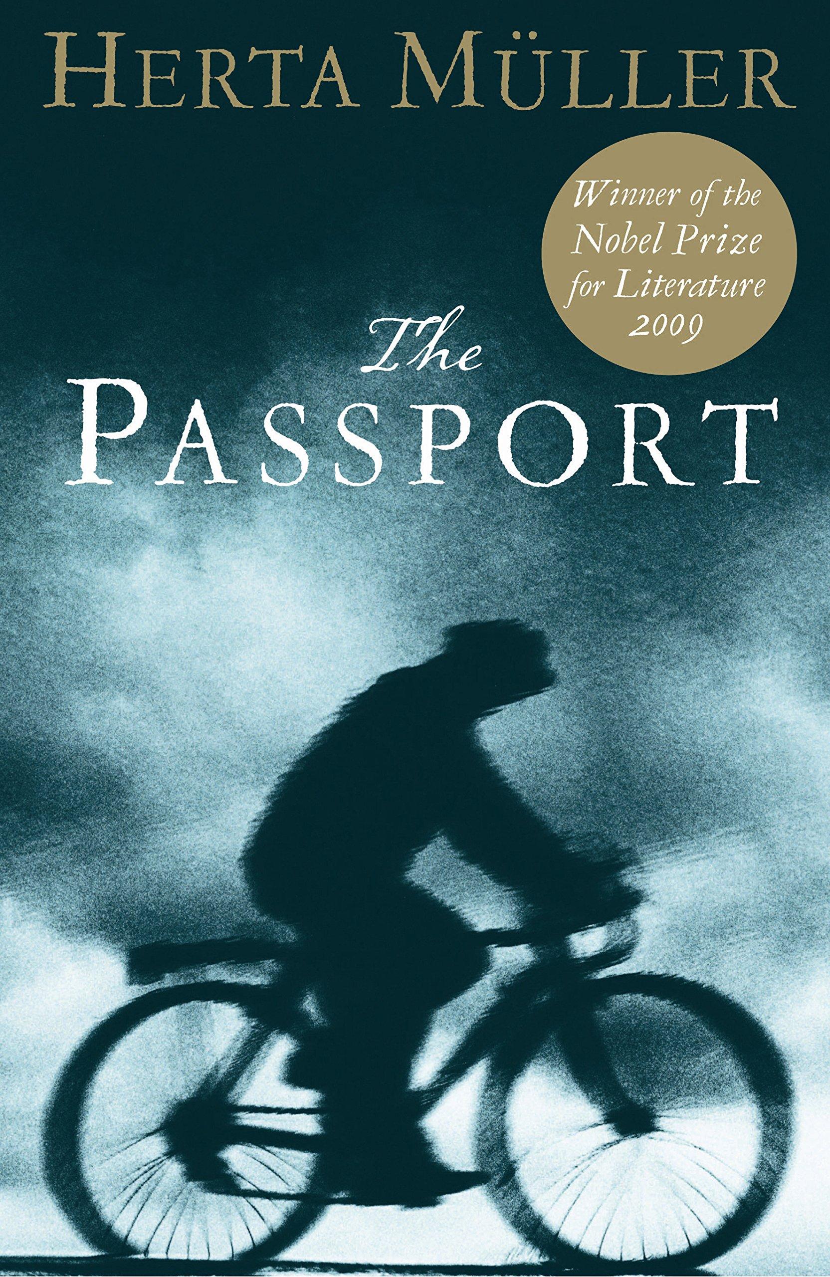 The Passport: Herta Müller, Martin Chalmers: 9781852421397: Amazon ...