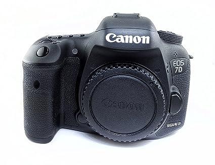Amazon com : Canon EOS 7D Mark II Digital SLR Camera with 18-135mm