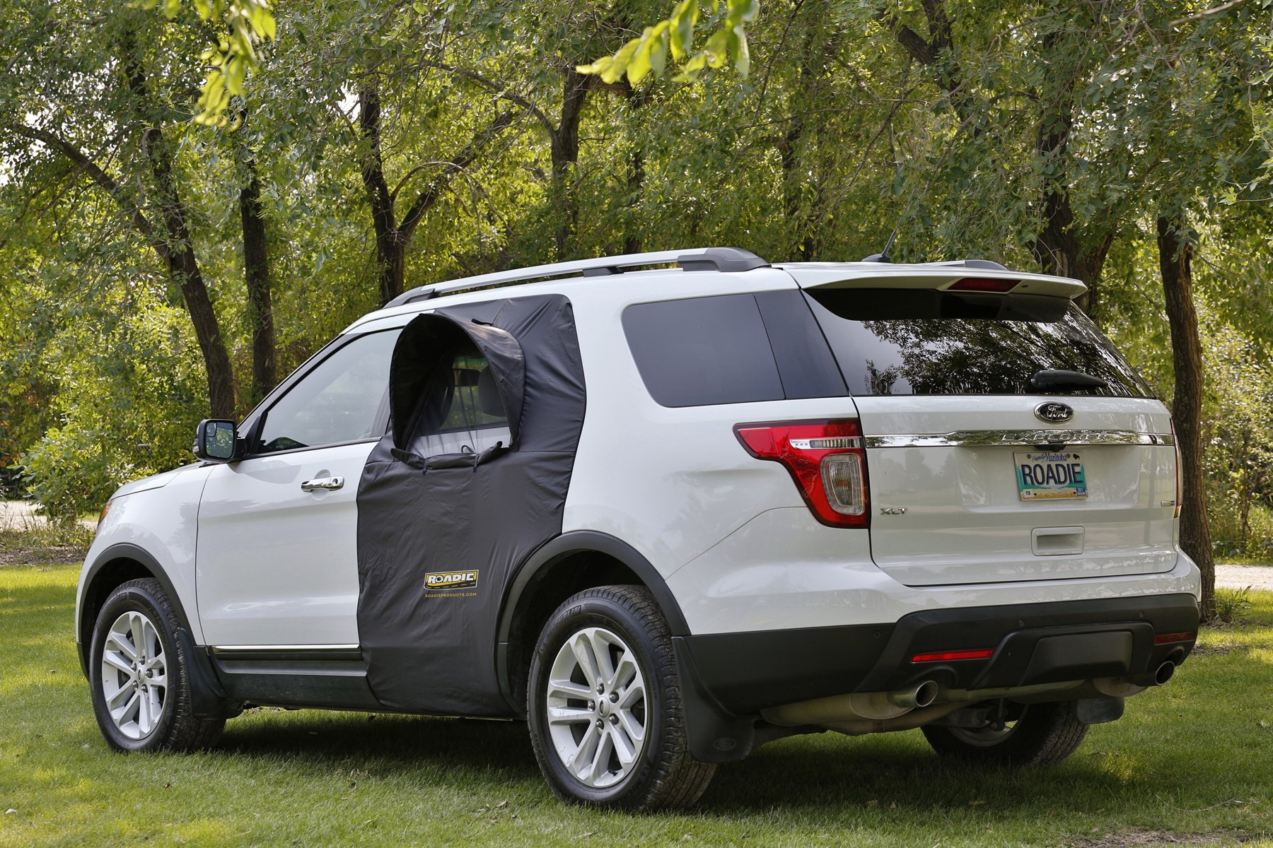 Roadie THE OVERNIGHTER SUV Window Tent - with Screen and Retractable Canopy