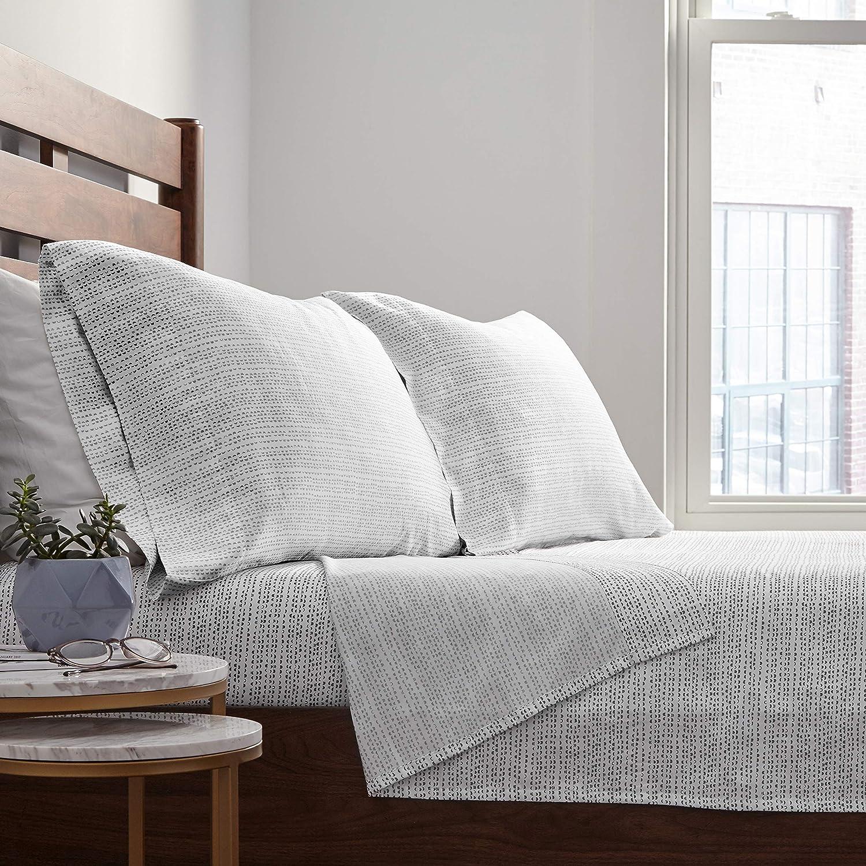 Pewter Rivet Half Moon Sateen 100/% Cotton Pillowcase Set Standard