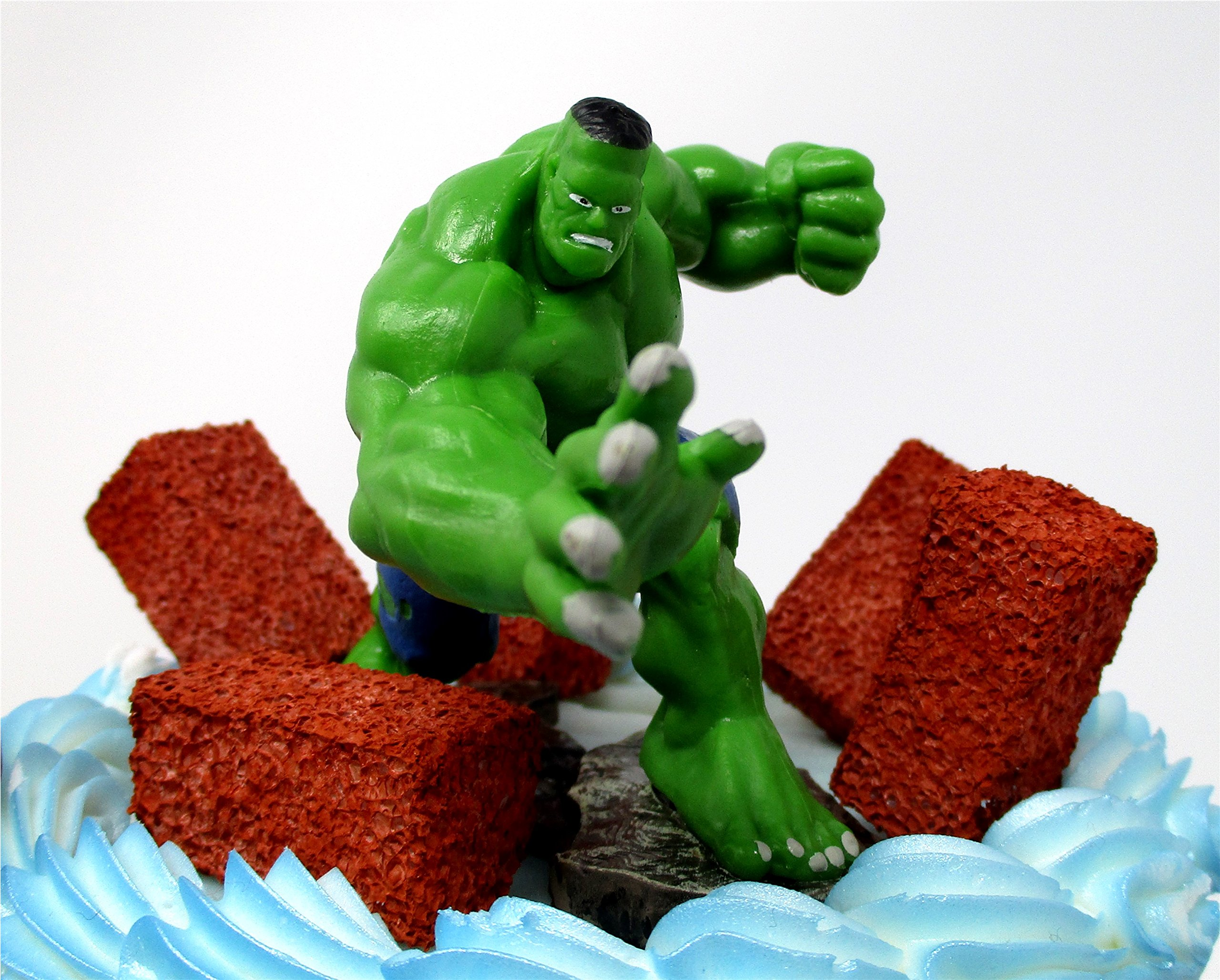 AVENGERS Deluxe Super Hero Birthday Cake Topper Set Featuring Avenger Figures and Decorative Themed Accessories by Cake Toppers (Image #4)