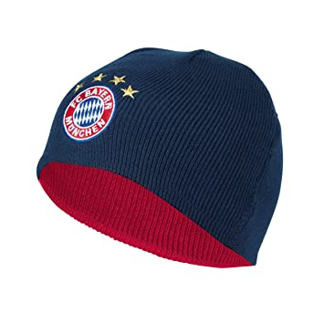 e56387aa9c5 Children s reversible beanie FC Bayern Munich + free sticker Munich  Forever