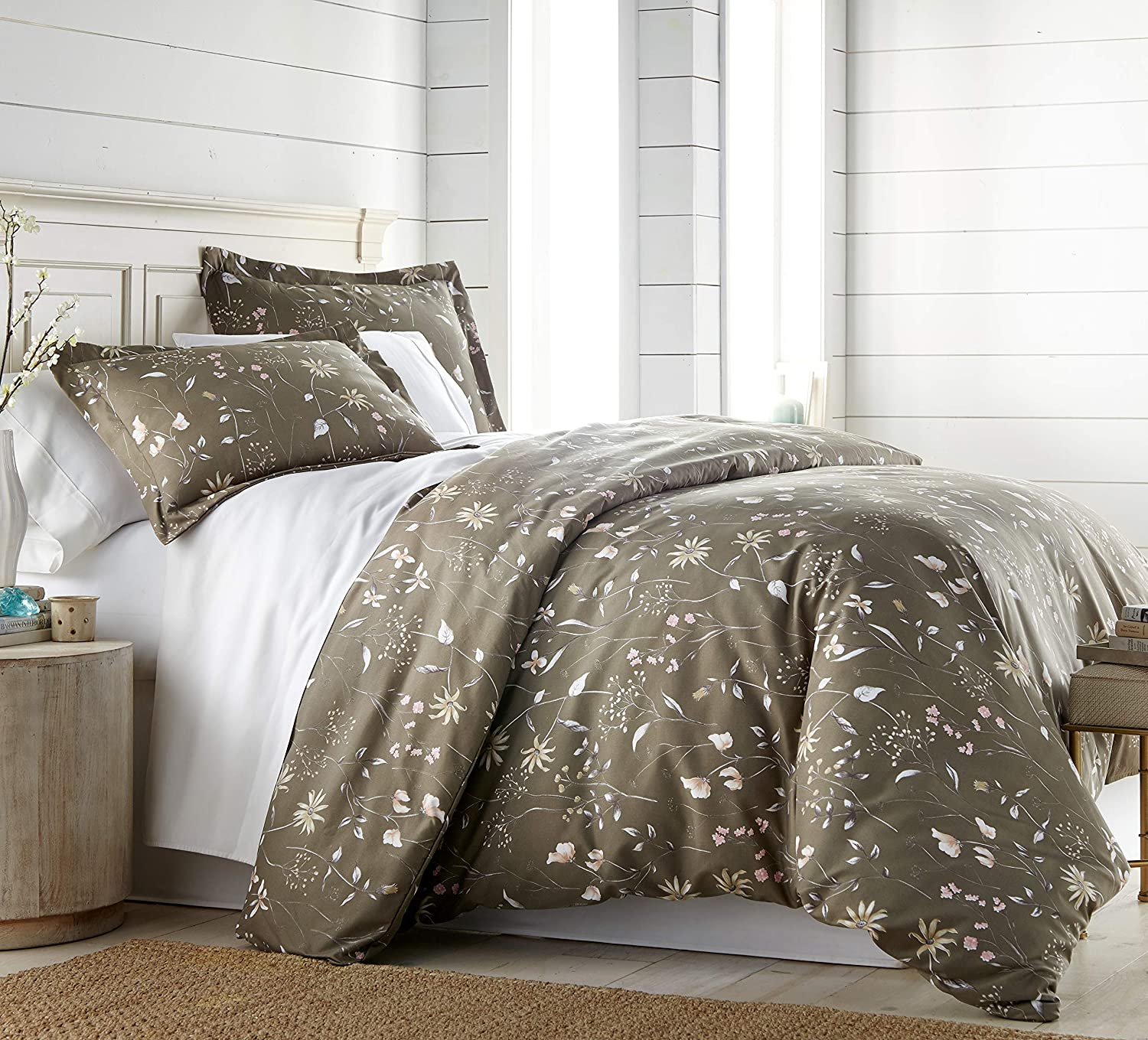 Southshore Fine Living, Inc. The Secret Meadow Collection Comforter Sets, 3 Piece Set, King/California King, Olive Brown