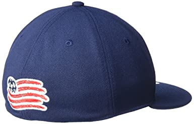 online store 1161c d8877 Amazon.com   adidas NBA Mens FVF Oversized Team Logo Hat   Clothing