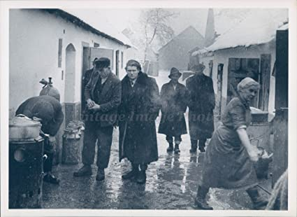Amazon com: Vintage Photos 1957 Photo Hungarian Refugees