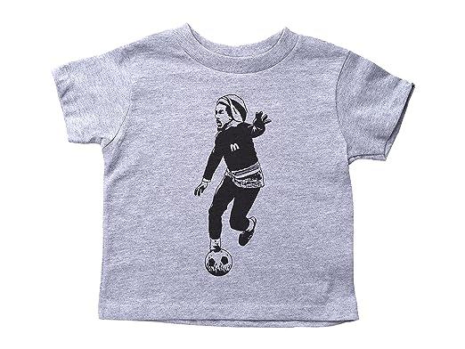 5ee2b3e48 Amazon.com  Baffle Bob Marley Playing Soccer Toddler Shirt Marley Crew Neck Kids  Tee  Clothing