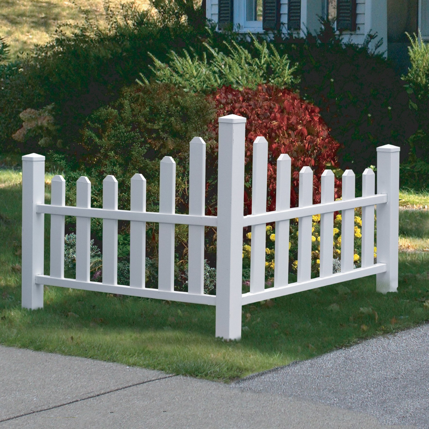 Country Corner Picket Fence Made with Vinyl in White Finish 2' 7 19/32'' H x 4' 1/2'' W x 4' 1/2'' D
