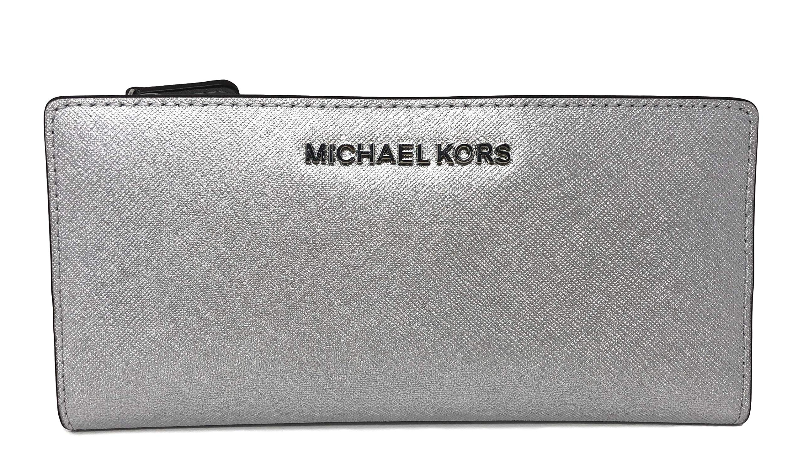 Michael Kors Jet Set Travel Large Card Case Carryall Leather Wallet in Silver