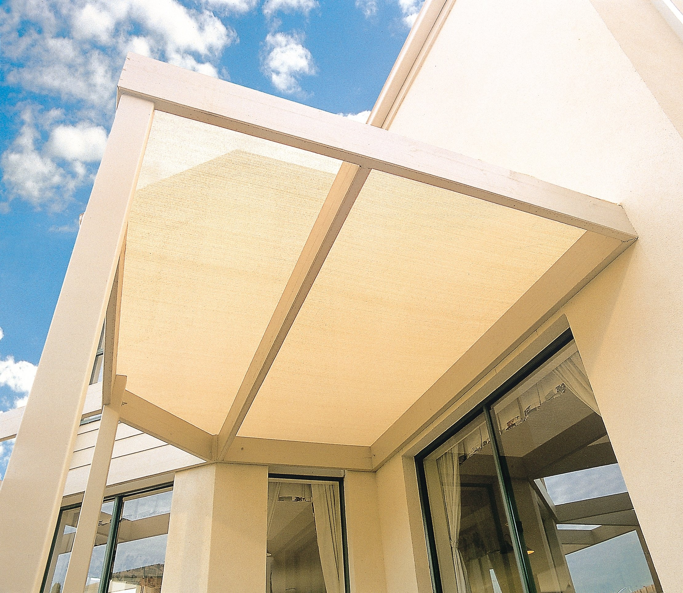 Originline Shade Cloth 4x15ft Beige 90% UV Resistant Outdoor Sun Screens for Plants/Pergola/Patio/Lawn/Garden/Greenhouse/Carport/Porch Cut Edge