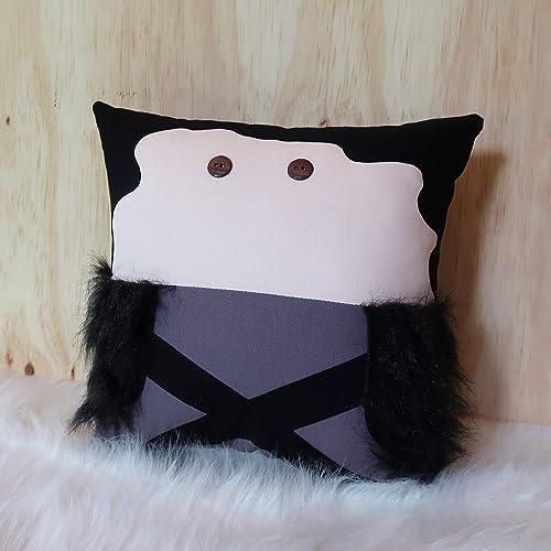 Amazoncom Jon Snow Decorative Pillow Game Of Thrones Home Decor