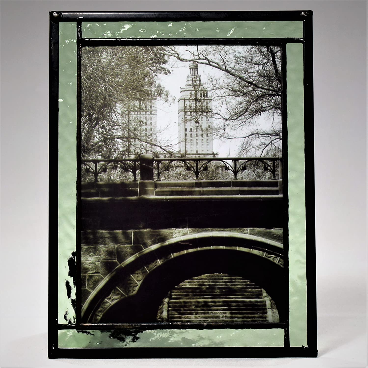 J Devlin Pic 364-57HV Stained Glass Photo Frame Sage Green