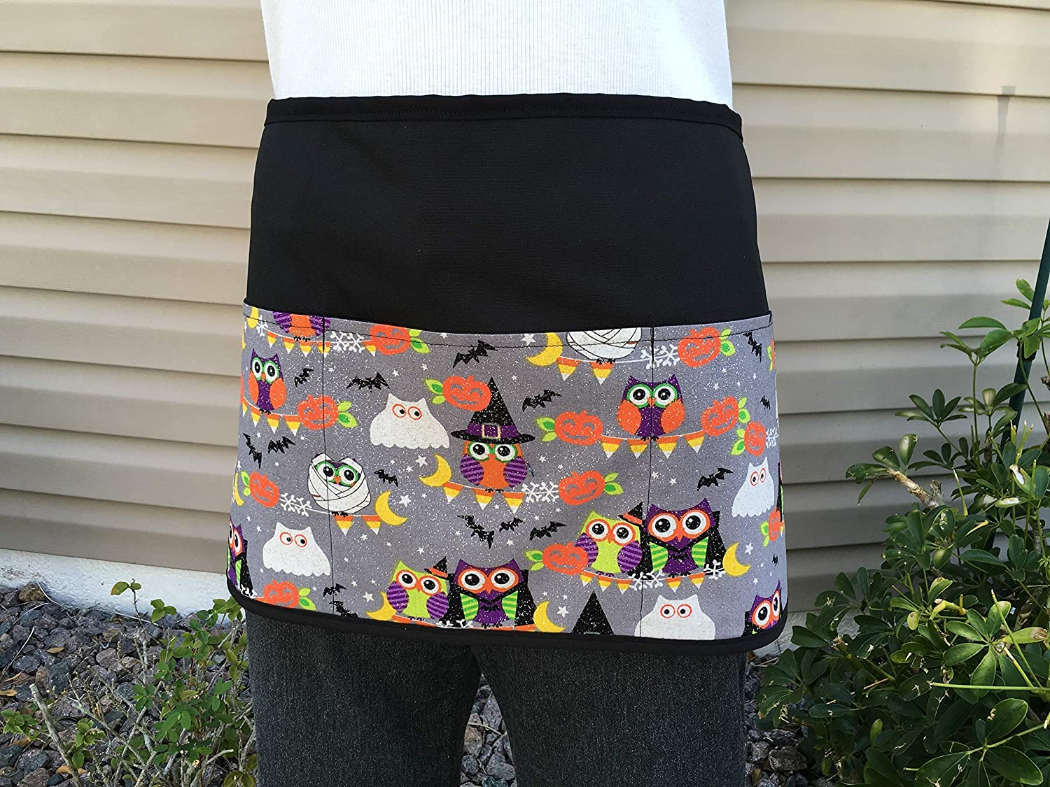 Waitress or Server 3 Pocket Half Apron, Check out 300 more aprons @ (handmade Janet Apron) restaurant cooking kitchen cute Halloween owl waiter waist design black