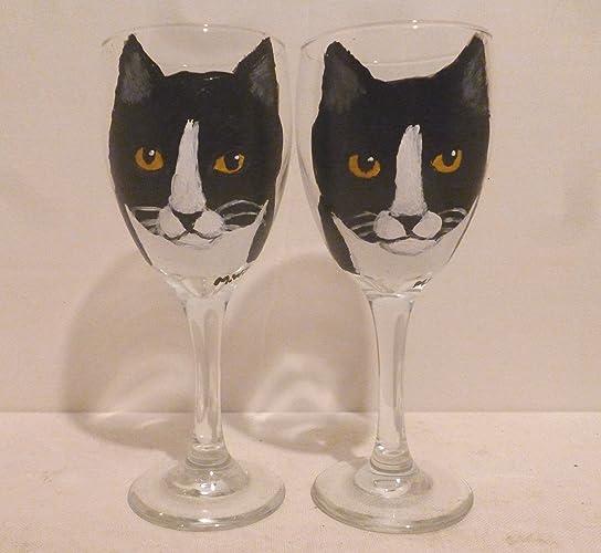 Amazoncom Black White Tuxedo Kitty Cat Wine Glasses Set Of 2