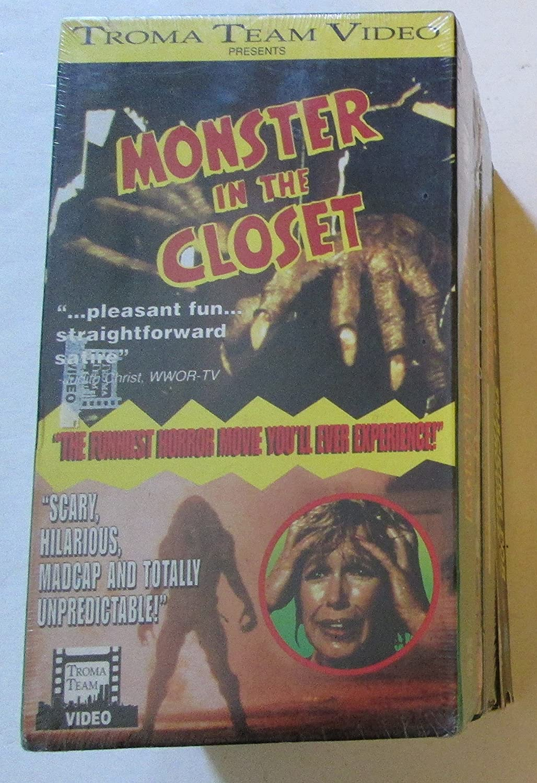 Monster in the Closet [Import]: Donald Grant, Denise DuBarry, Claude Akins,  Howard Duff, Henry Gibson, Donald Moffat, Paul Dooley, John Carradine, ...