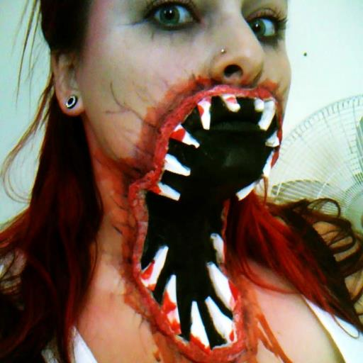 Your Halloween Make Up Live WP -