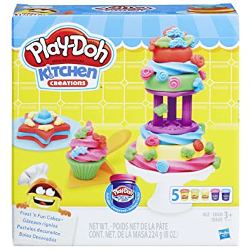 Amazon.com: Play-Doh Kitchen Creations Frost \'n Fun Cakes: Toys ...