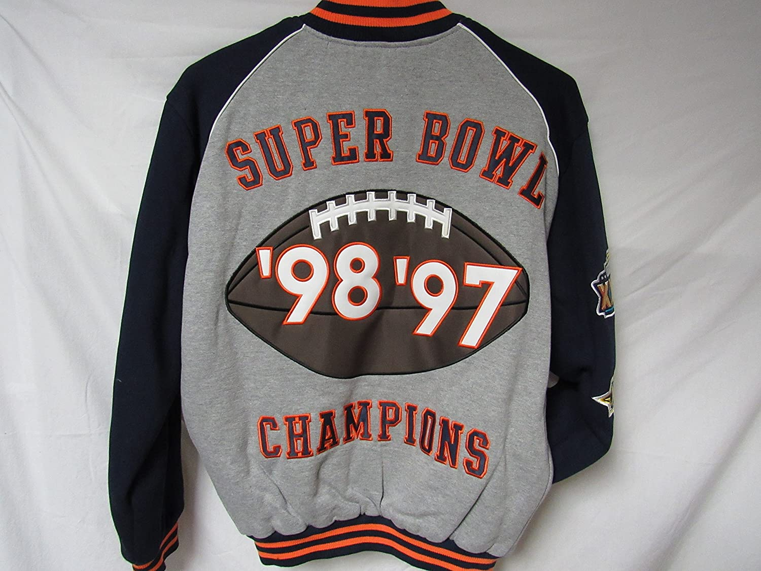 62fbbdf6833 Amazon.com   G-III Sports Denver Broncos Mens Large Full Zip Embroidered 2  Time Super Bowl Champions Jacket B1 17 L   Sports   Outdoors