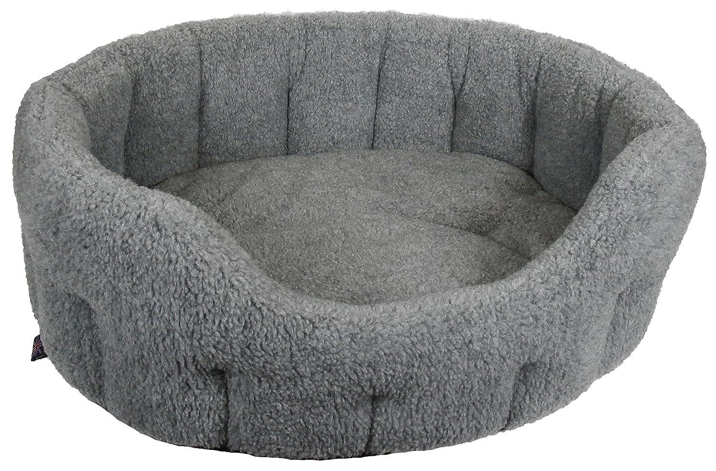 Silver Grey Medium, 61 X 51 X 22 Silver Grey Medium, 61 X 51 X 22 P&L Superior Pet Beds, Premium Oval Fleece Softee Bed, Silver Grey,Size Medium, 61 X 51 X 22 cm