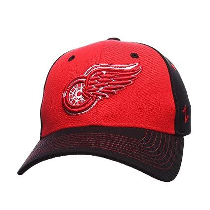 Amazon.com   Zephyr NHL Mens Uppercut Hat   Sports   Outdoors 04e959ee348