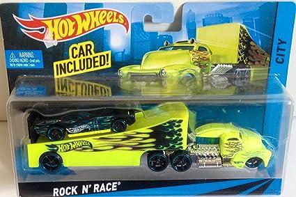 Amazon Com Hot Wheels Rock N Race City Greentransporter And Rig