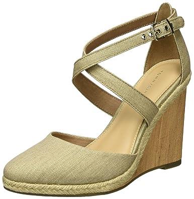 8d201bc94c18 Tommy Hilfiger Women s E1285zmie 1d Wedge Heels Sandals  Amazon.co ...