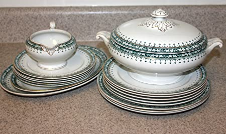 18 pc Marne Fine China Dinnerware Casserole Dish and Plate Set & 18 pc Marne Fine China Dinnerware Casserole Dish and Plate Set ...