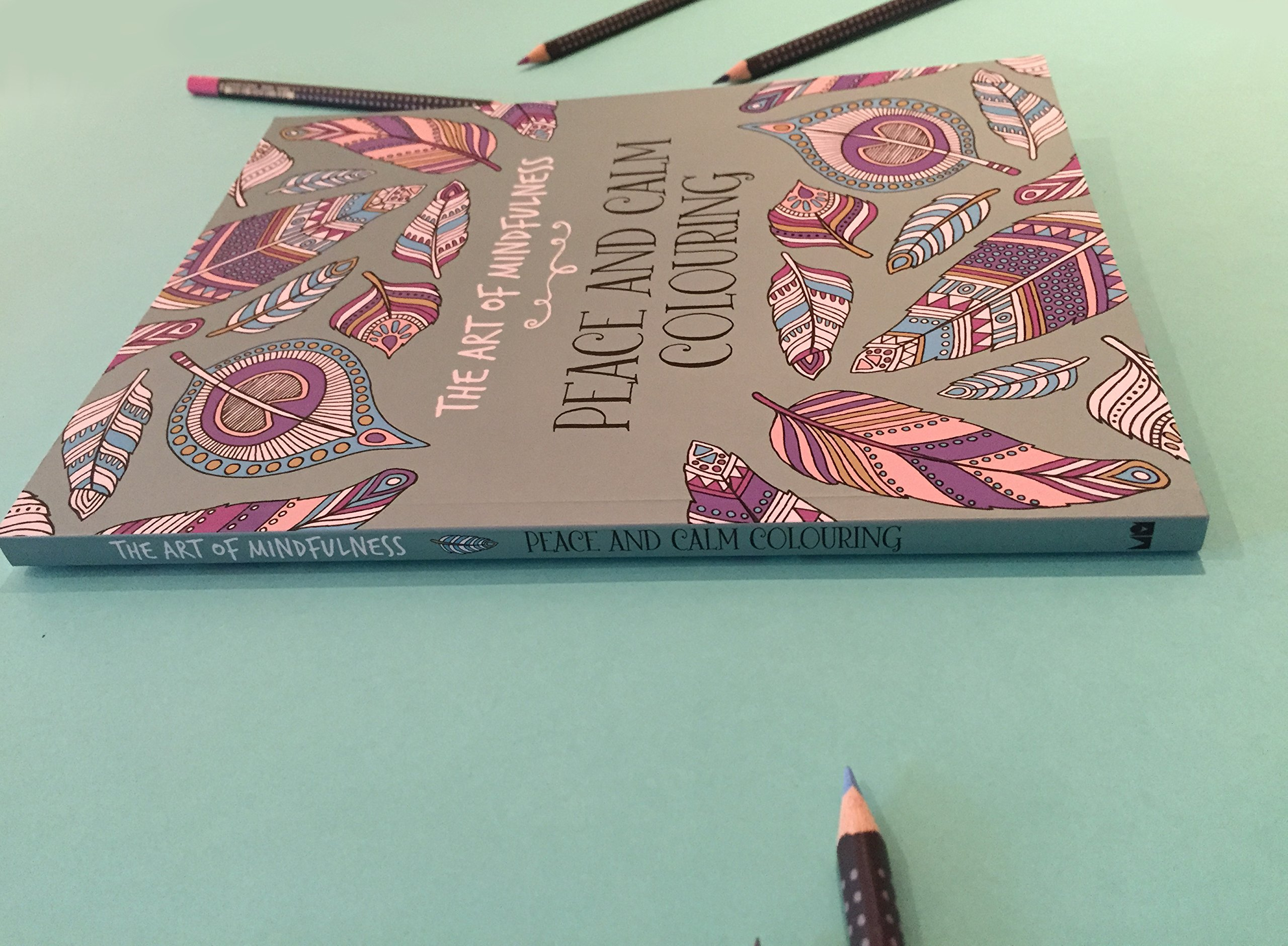the art of mindfulness peace and calm colouring amazon co uk