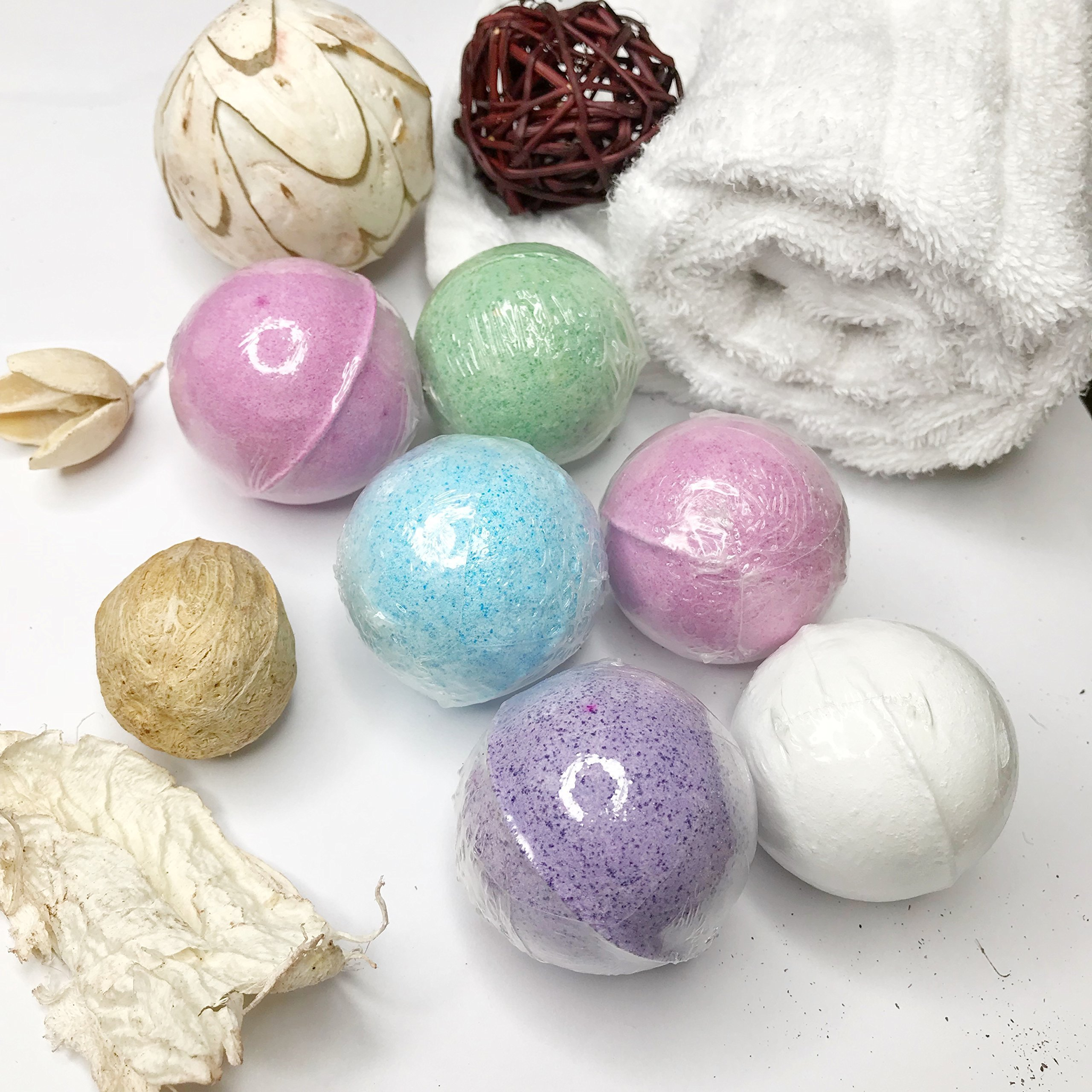 Handmade Bath Bombs Package Gift Set, Organic And Natural Bath Bomb Kit with essential oils, Perfect for Relax and Moisturize your body, Bets Gift Ideas For Women, Girlfriend and Kids. 6 x 40 by CUTE APPLE