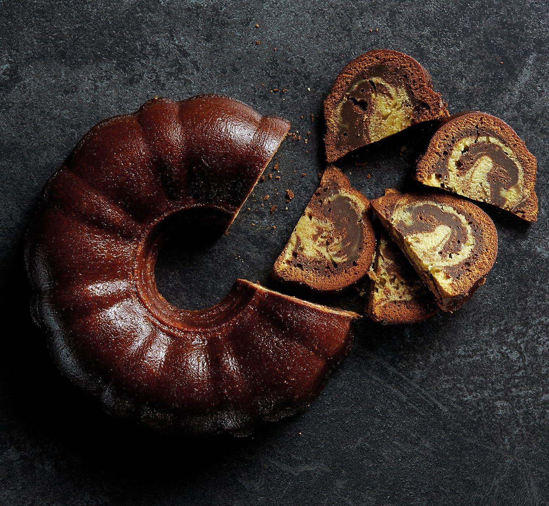 Round 27cm Master Class Non-Stick Tube Cake Pan