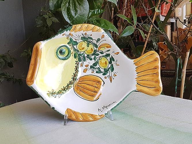 Piatto A Forma Di Pesce In Ceramica Siciliana Decorato A Mano
