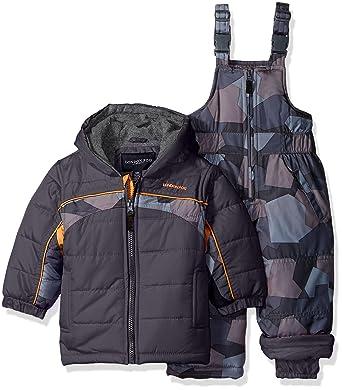 f5d5b6a59e61 Amazon.com  London Fog Baby 2 Piece Camo Snow Pant Set With Jacket ...