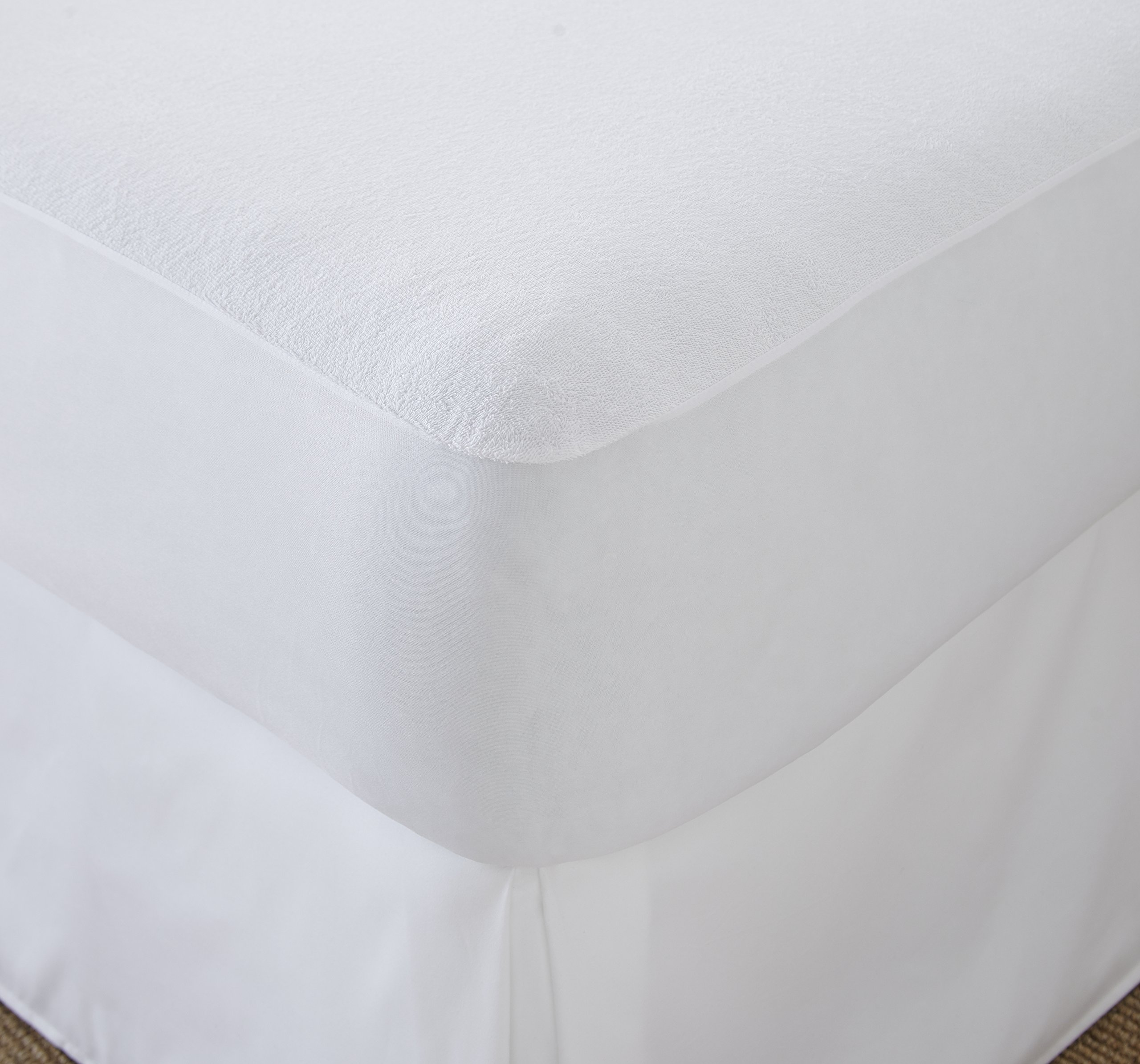 CinchFit Split FLEX King Head Mattress Protector by Quahog Bay Bedding