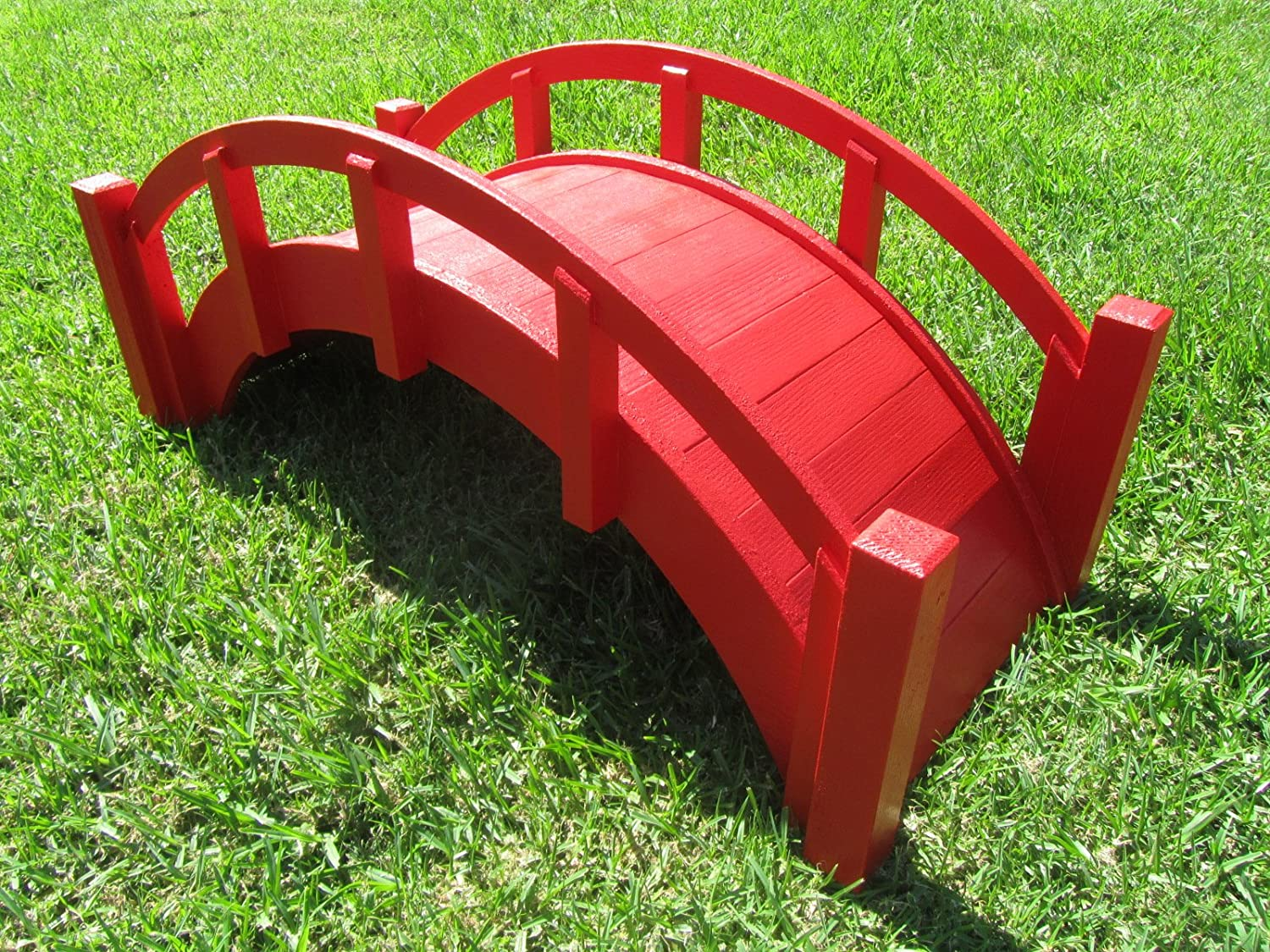 amazoncom samsgazebos miniature japanese wood garden bridge red assembled 25 long x 11 tall x 11 12 wide made in usa decorative red oriental