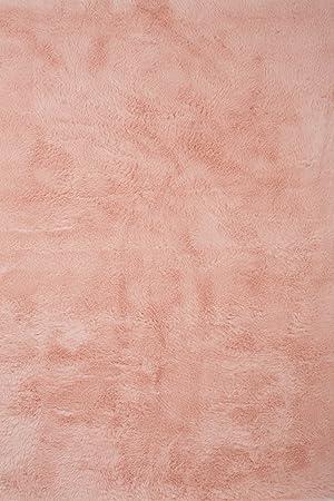 tapis contemporain pilepoil rose poudr 140 x 200 cm fausse fourrure fabrication franaise - Tapis Rose Poudre