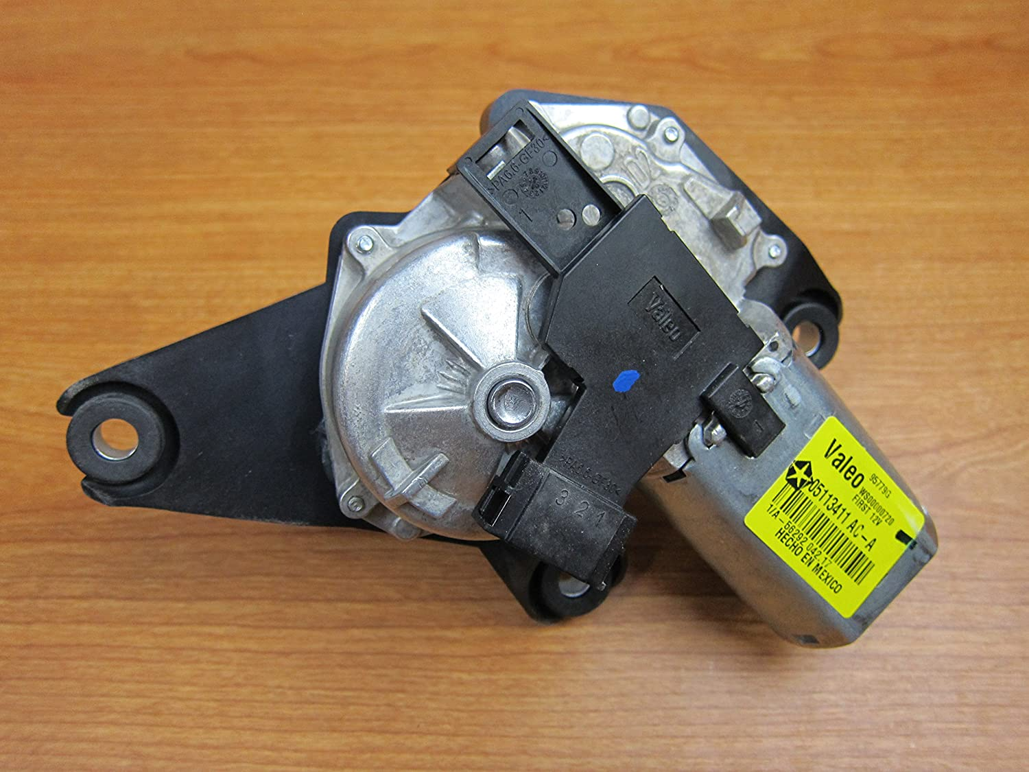 New Mopar Genuine OEM Right Front and Rear Power Window Motor 05012544AB