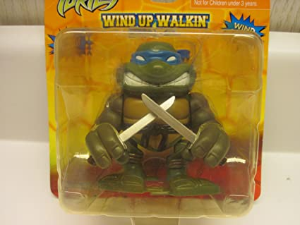 Amazon.com: Teenage Mutant Ninja Turtles Wind Up Walkin ...
