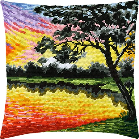 Tree of Love Printed Tapestry Canvas Needlepoint Kit European Quality Throw Pillow 16/×16 Inches
