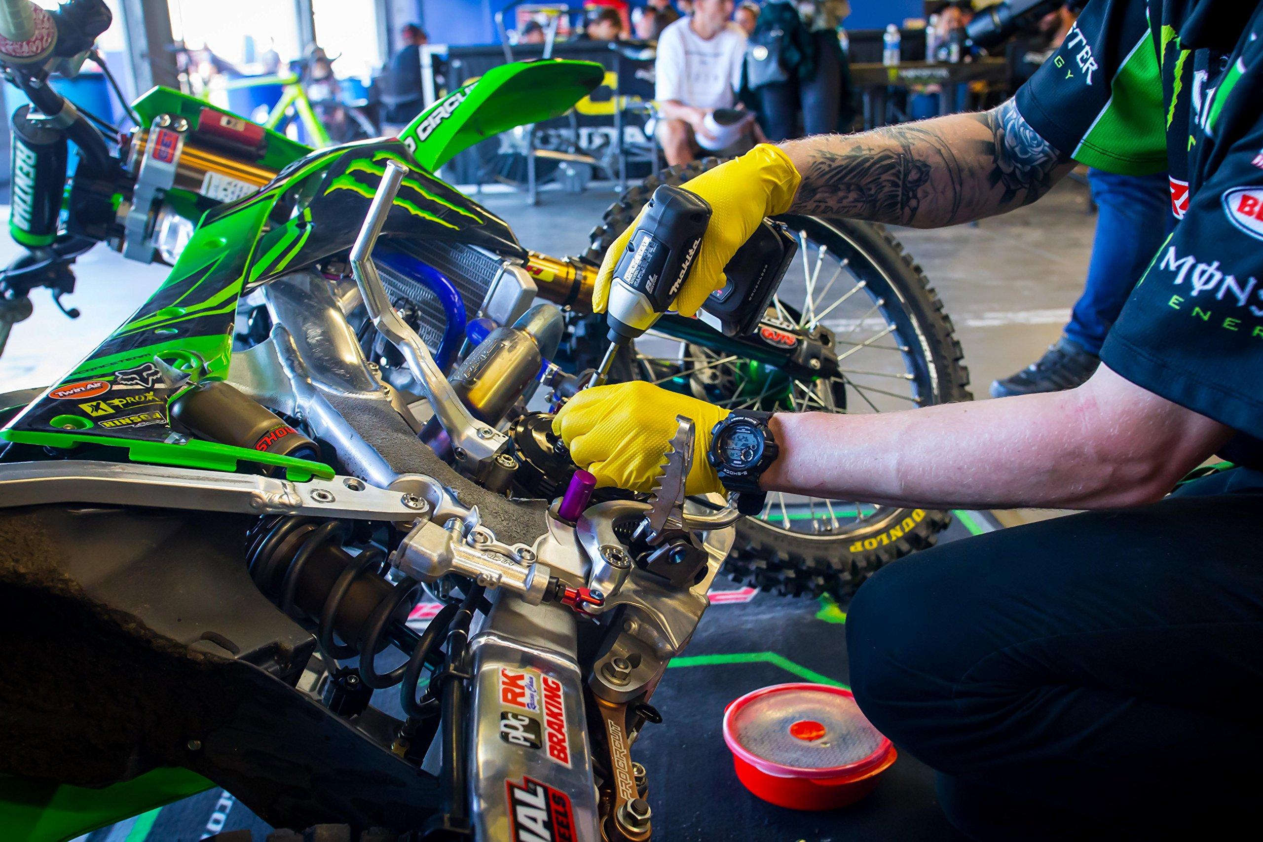 Mechanix Wear - Nitrile Disposable Gloves - Powder Free, Latex Free, Diamond Textured - 8 mil Yellow (Large, 100 Pack) by Mechanix Wear (Image #4)