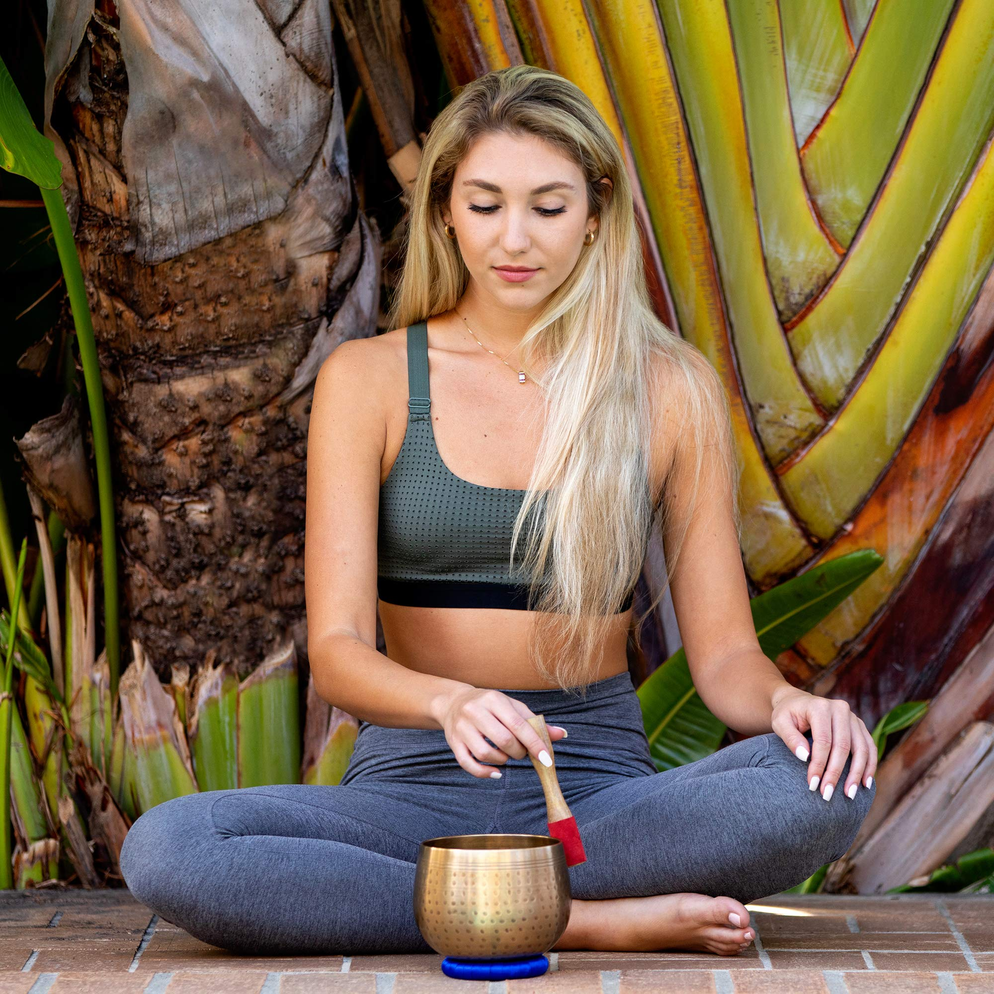 Meditative Brass Singing Bowl with Mallet and Cushion  -Tibetan Sound Bowls for Energy Healing, Mindfulness, Grounding, Zen, Meditation  -  Exquisite, Unique Home Decor and Gift Sets by Telsha (Image #5)