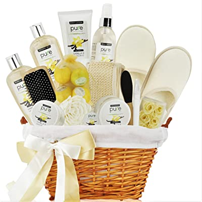 Deluxe Bath & Body Gift Basket. Sandalwood Vanilla Aromatherapy Spa Basket for Him & Her. Best Gift Baskets for Men- Boyfriend Gift, Husband Gift etc