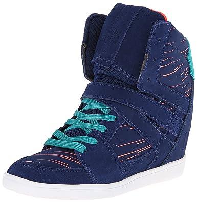 67c6a7a92 DC Women s Mirage Mid SE Skate Shoe